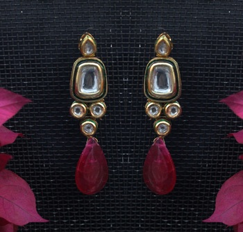 Kundan Studs With Red Stone