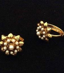 Buy Adjustable Pearl Flower golden traditional toe ring bichiya bichwa metti Other online