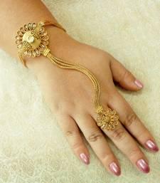 Buy Designer copper zircon golden / lct adjustable haath phool hath panja ethnic wedding jewellery    haath-phool-hath-panja online