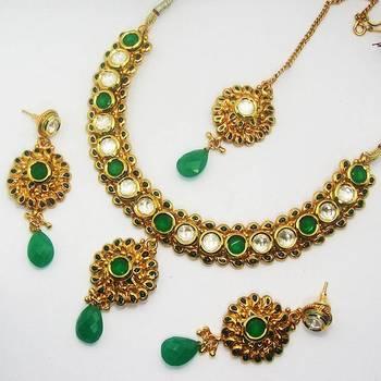Polki Necklace with Meena Finish Green Maroon