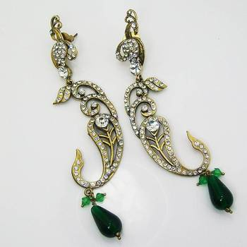 Victorian Floral Earring Emerald Green
