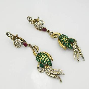 Victorian Slim Peacock Earring Red Green