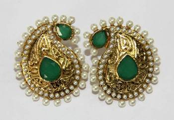ANTIQUE GOLD PLATED WHITE N GREEN PEARLS TOPS