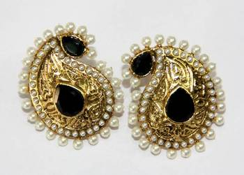 ANTIQUE GOLD PLATED BLACK N WHITE PEARLS TOPS