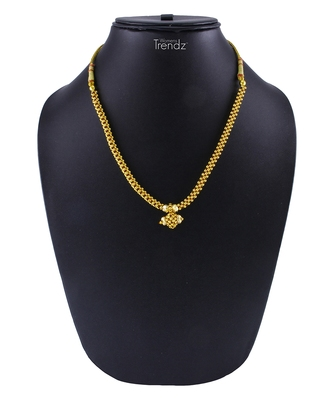 Traditional Handmade Golden Crystal Jewellery Alloy Necklace for Women and Girls