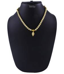 Traditional Handmade Jewellery White And Golden Crystal Golden Pendal Alloy Necklace For Womens And Girls