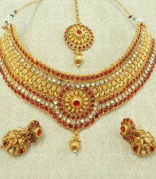 Buy Kempu maroon bridal choker necklace set with eaaring maang tikka jewellery set necklace-set online