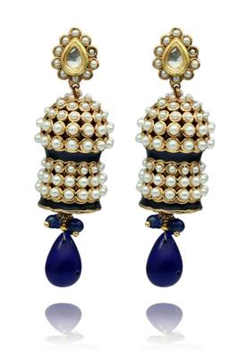 Pearl earrings with blue drop