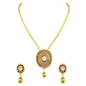 Beguiling Oval Shape Gold Plated Pendant Set For Women