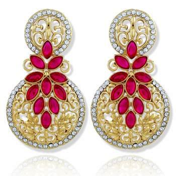 Resplendent Round Stone Filigree Gold Plated Drop Earring For Women