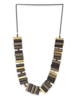 Brown beaded_jewellery necklaces