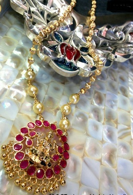 Kempu And Pearl Laxmi Necklace Set