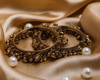 Beautiful Bridal Ghungroo Bangles With Small Bells