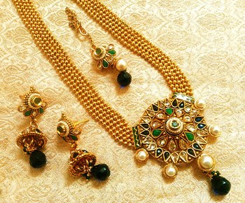 7edd2064c LALSO South Indian Royal Designer Gold Plated Long Bridal Wedding Jewelry  AD Zircon Necklace Set