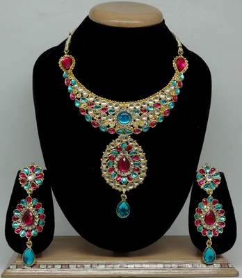 Multicolor necklace-sets