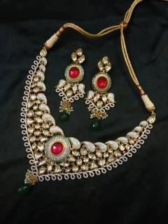 Design no. 8B.1745....Rs. 29500.....pre order set, will be made in 15 days after payment.