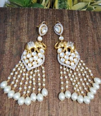 Nizami Polki Diamond Pearl Dangler Earrings