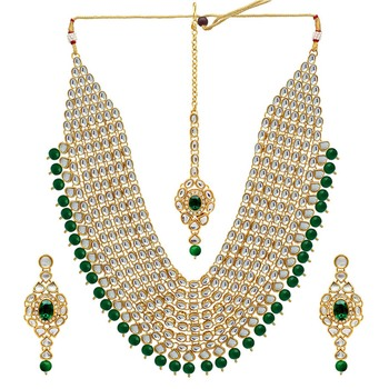 Green Color Imitation Pearl Kundan Necklace With Earring & Maang Tikka