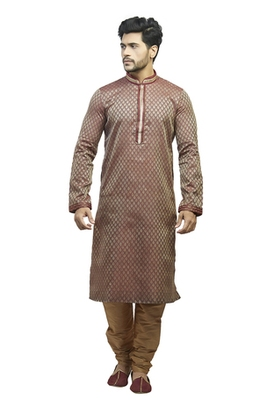 Pink Jacquard Kurta Set With Golden Cording On The Collar And On The Placket Patti