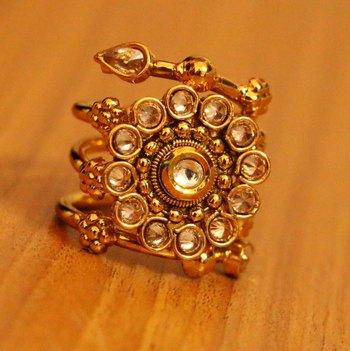 Polki Gold Flower Pattern Party Wear Ring