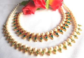 Multi color With Parrot green pearl necklace set