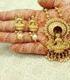 Maroon gold plated pendants
