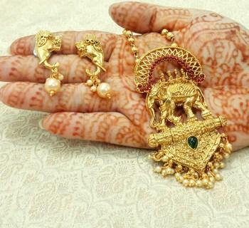 Multicolor gold plated pendants
