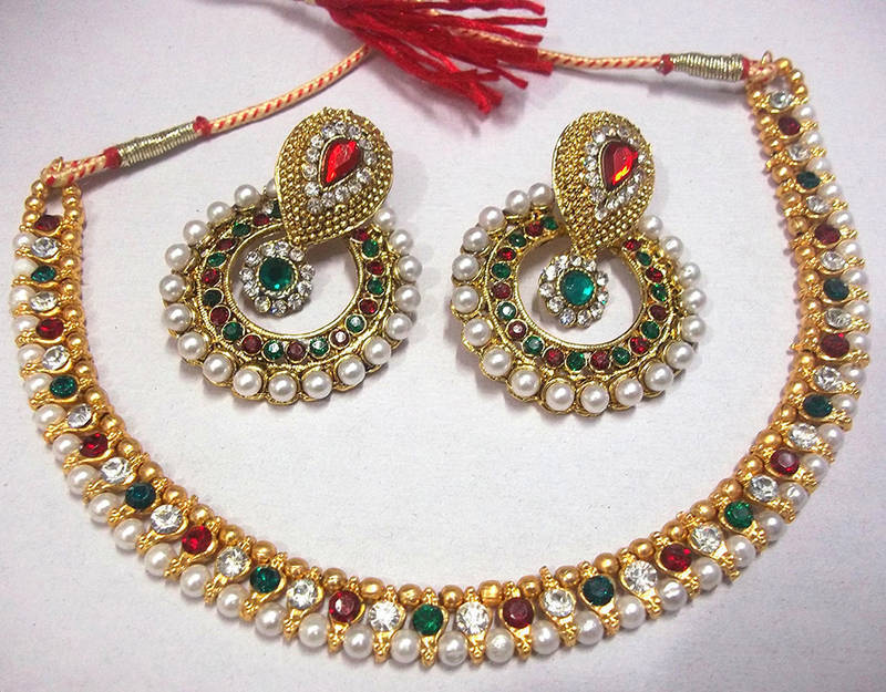 0a718a3cf9c34 Maroon & green pearl polki necklace set