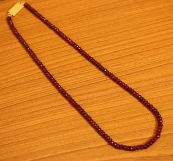 Maroon Ruby Colour Single Line Semi Precious Necklace