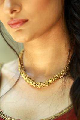 Tiny gold beads necklace