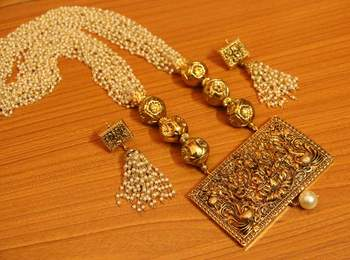 Temple jewellery gold plated pearl necklace set