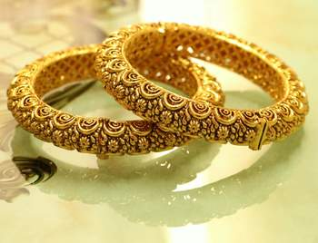 Gold Look Antique Carved Bangle