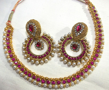 Dark Pink pearl Polki necklace set
