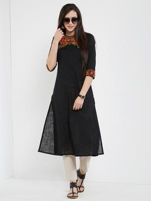 Black embroidered cotton kurti