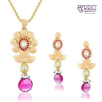 Sukkhi Kundan Gold plated Magnificent Pe