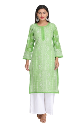 Green Embroidered Cotton Chikankari Kurti