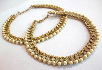 Golden Round  Shape Diamond Pearl Anklet