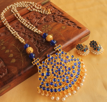 Beautiful Blue Temple Jewel Long Necklace Set