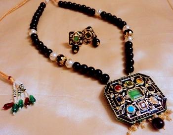 Navratna Jaipuri Black Necklace Set