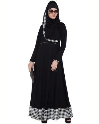 Black And White Kashiboo Printed Islamic Abaya