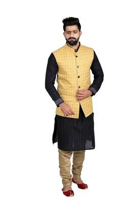 Yellow Jute Printed Nehru Style Jacket