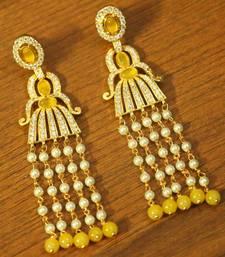 Yellow American Diamonds Onyx Yellow Gold Danglers Drops