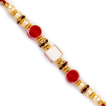 Sqaure Motif With Dual Red Beads Rakhi