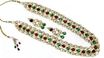 3 line maroon green kundan necklace set