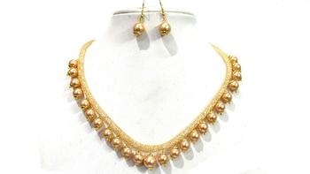 Pearl drop golden chain necklace set