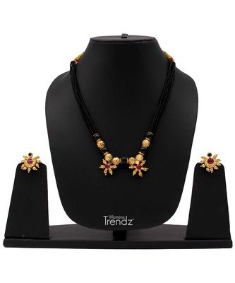 Handmade Traditional 24K Gold Plated Jewellery Laxmi Pendal Mangalsutra And Earring Set for Womens