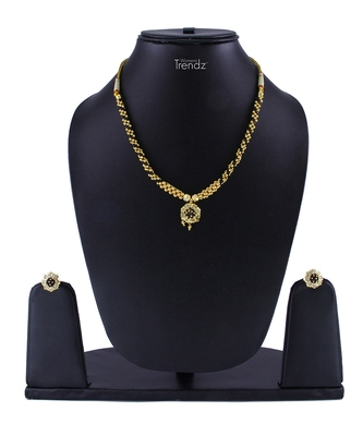 Traditional Handmade Gold Plated Jewellery Kolhapuri Alloy Necklace/Haar And Earring Set