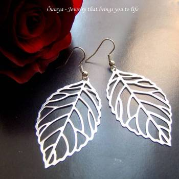 White Gold Plated Silver Leaf Filigree Light Weight Fashion earrings