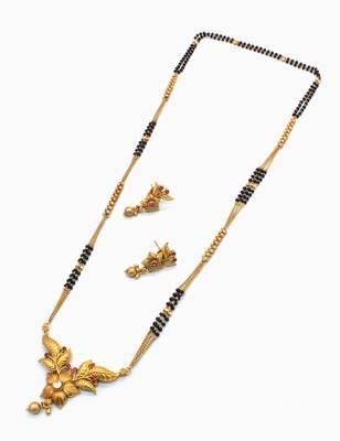 Ruby Red Jadau Kundan Mangal Sutra Jewellery for Women