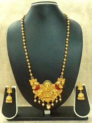 Kempu Green High Gold Plated Laxmi Temple Pendant Earring Set